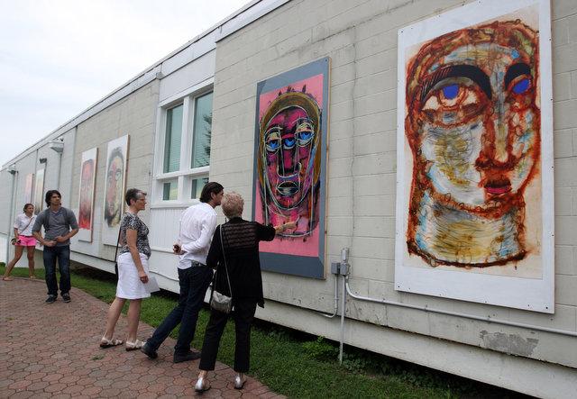outdoor-artshow